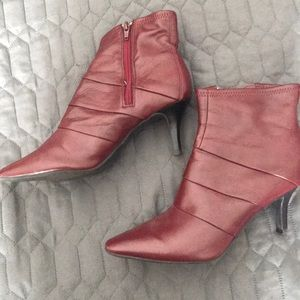 Worthington Women's Ankle Boots RED Size 8